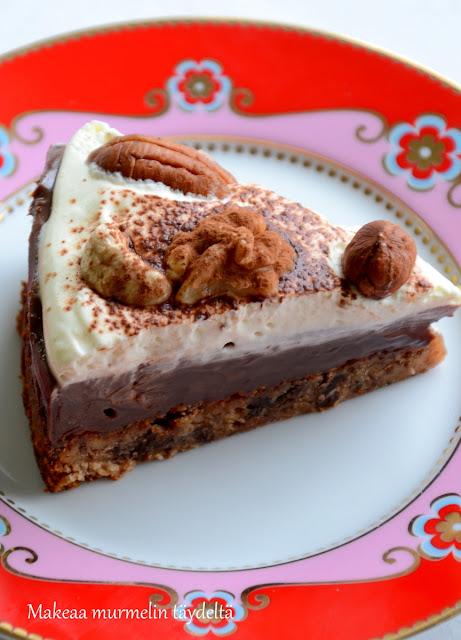 jouluinen suklaakakku