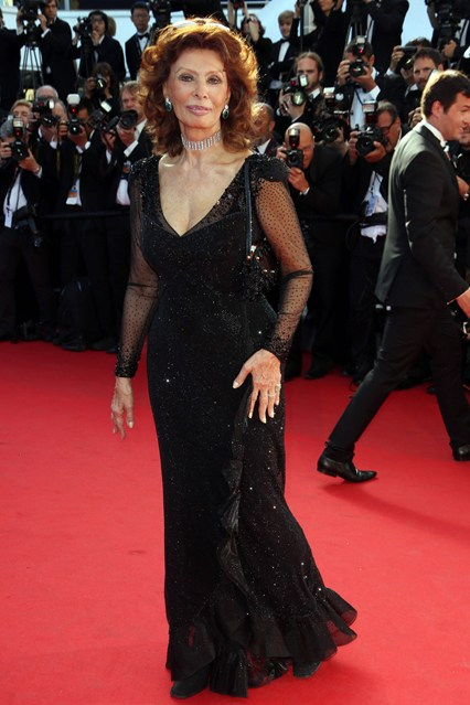 Sophia Loren in a black Giorgio Armani gown at Cannes 2014