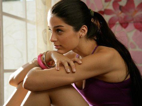 Giselli Monteiro in Always Kabhi Kabhi