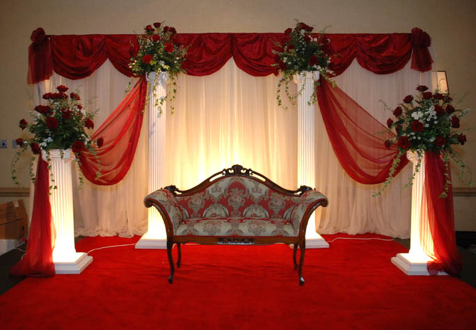 Wedding collections beautiful wedding stage for Background decoration for indian wedding