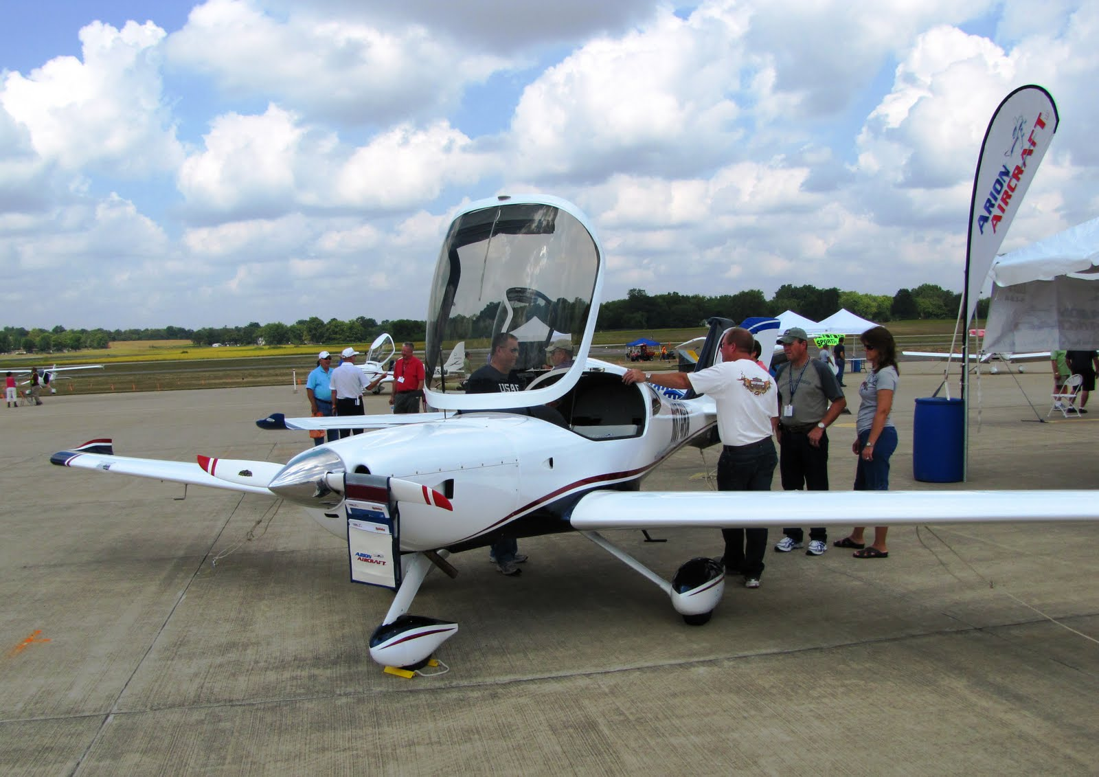 the aero experience midwest light sport aircraft expo in mount