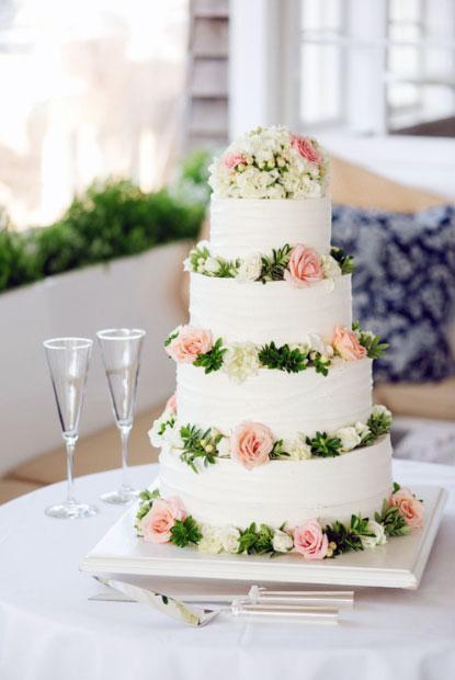 Nico and LaLa: Wedding Cake Inspiration