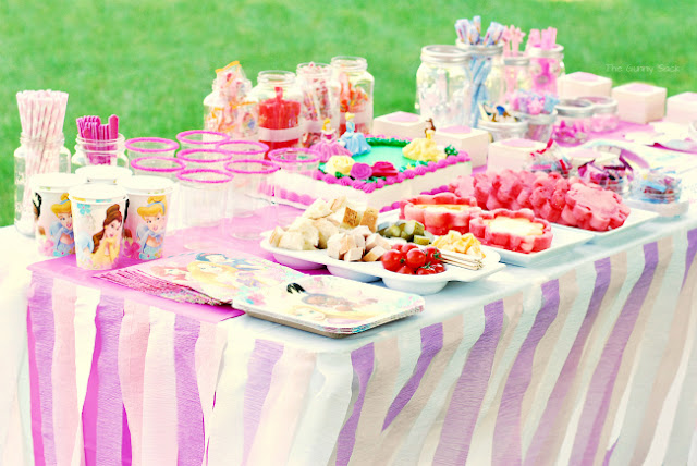 disney princess party, DIY crepe paper tablecloth, DIY party tablecloth, decorate with crepe paper #shop