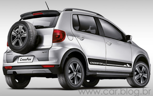VW CrossFox 2012 - traseira