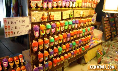 malacca jonker walk souvenir