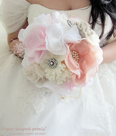 Brooch shabby chic bouquet