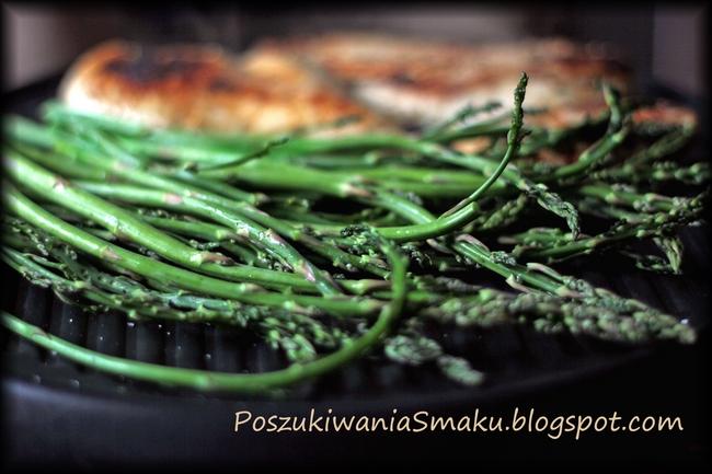 beszamel z serem czyli sos mornay i grillowane szparagi
