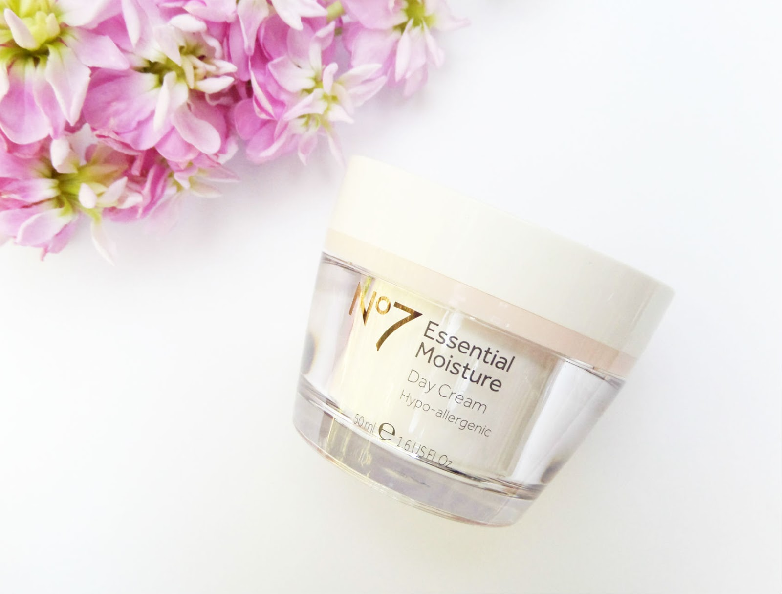 No 7 Essential Moisture Day Cream