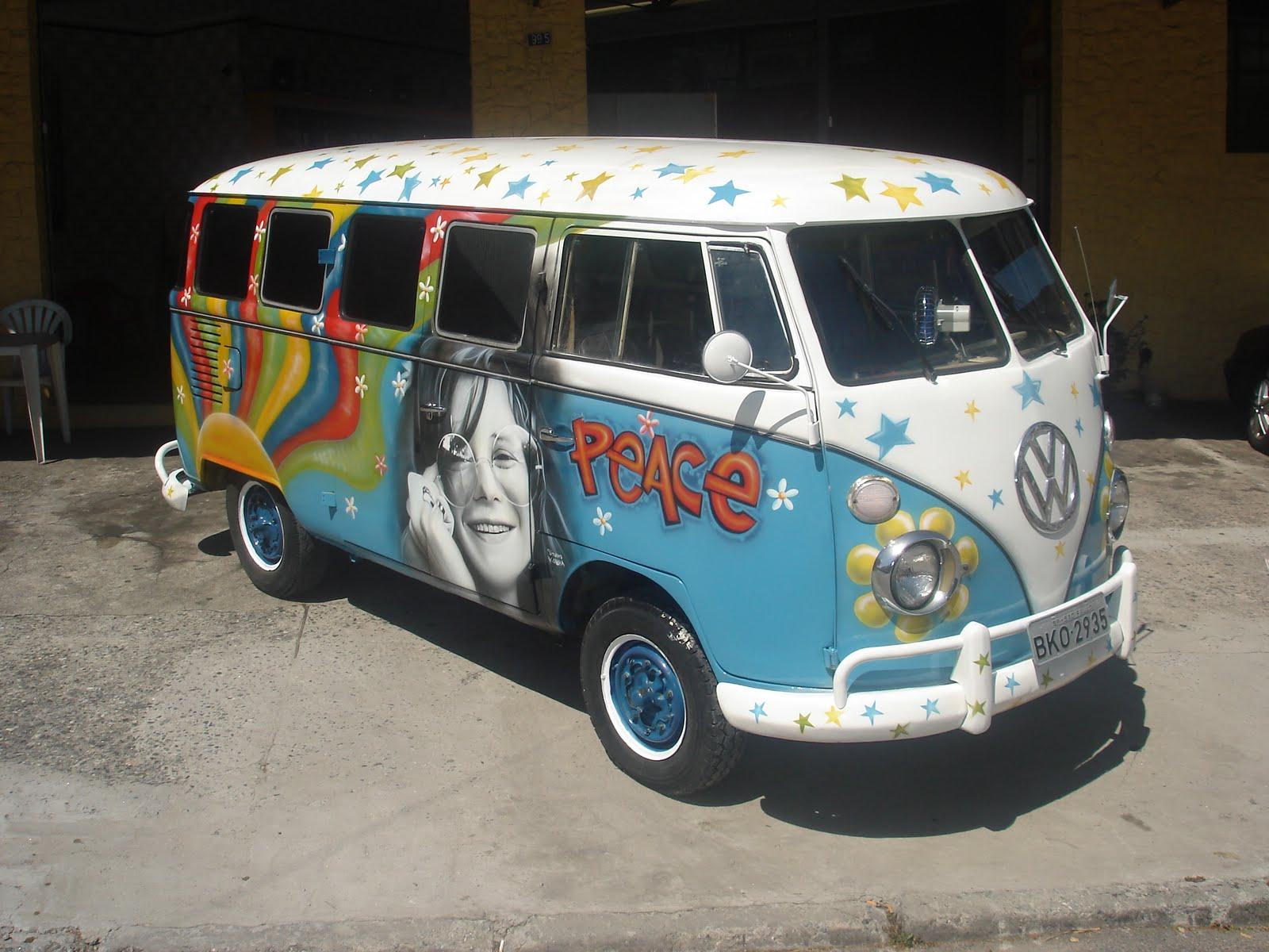 arthouse  graffiti mural painting summer camp class   bus