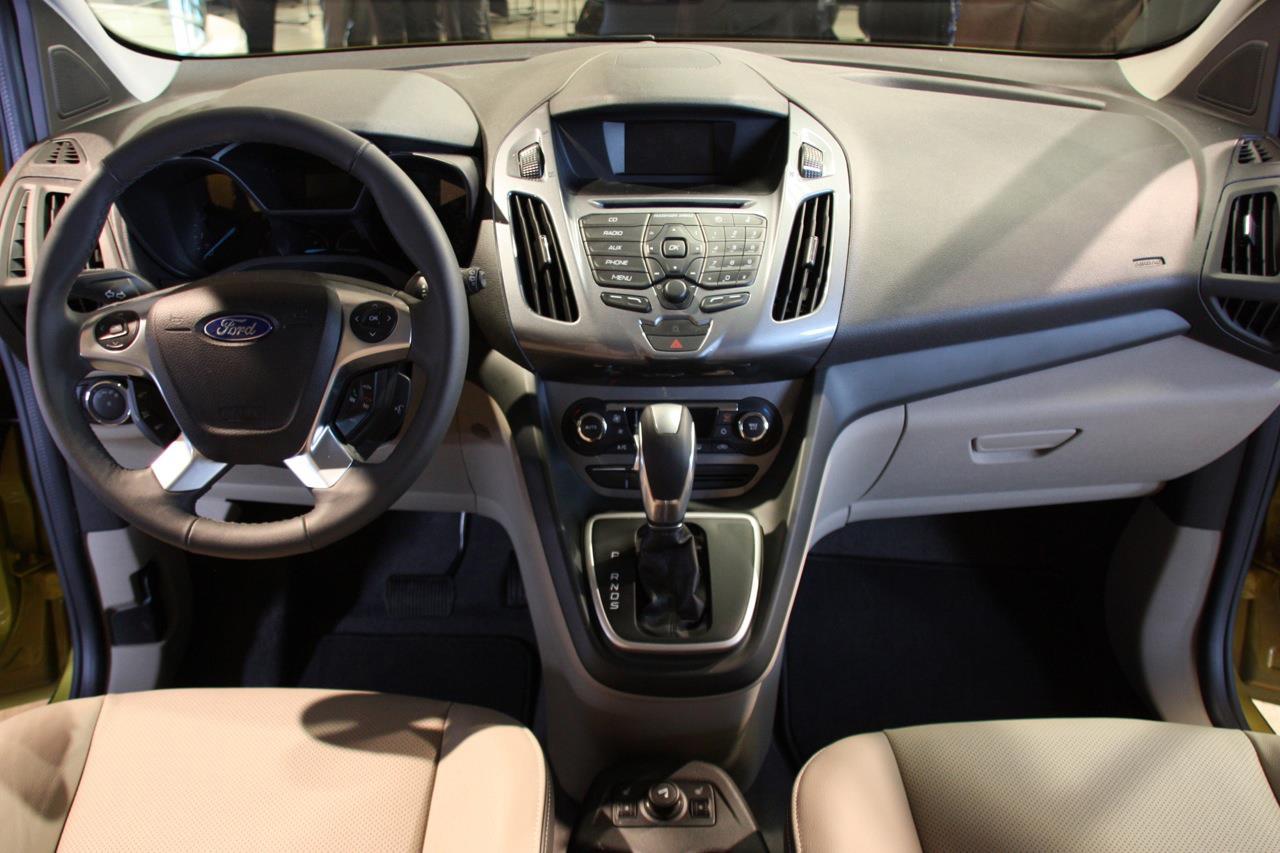 2014 Ford Transit Connect Wagon Resmi Olarak Tanıtıldı