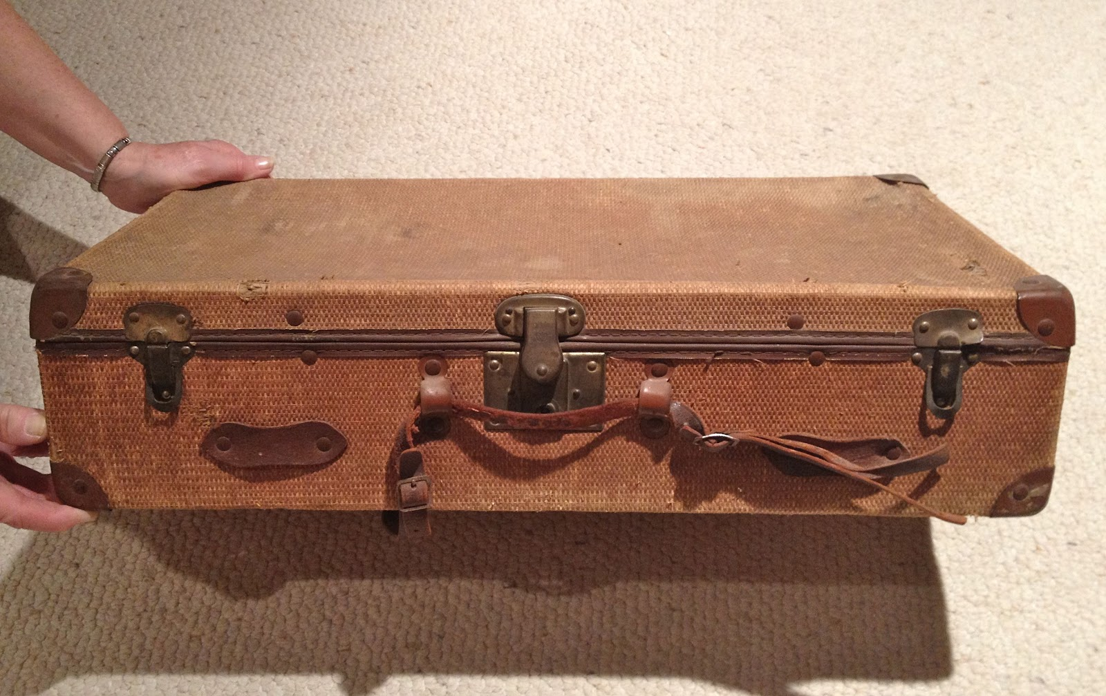 Upcycled home d cor giving new life to vintage suitcases for The vintage suitcase