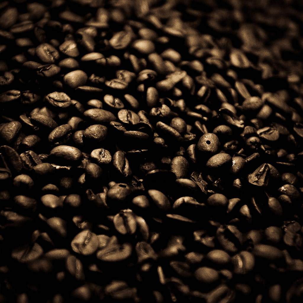http://2.bp.blogspot.com/-6e519UjZyWE/TzB-XNgd0NI/AAAAAAAAO1M/sf0_zHeK4NI/s1600/Coffee_Beans_Background.jpg