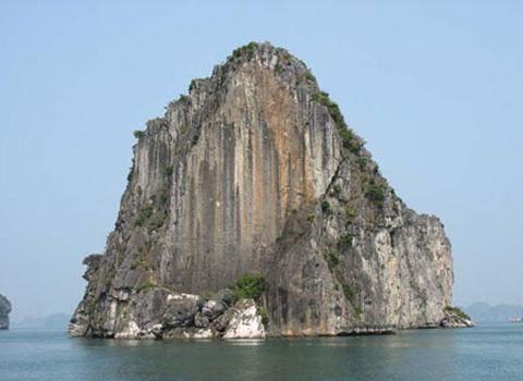 Đảo đầu bê - Các địa điểm leo núi  ở Miền Bắc