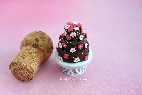 28-Stéphanie-Kilgast-Incredible-Miniature-Foods-Savoury-Sweet-Dishes-Dolls-House-www-designstack-co