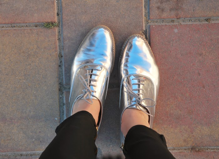 Metallized Oxford Shoes