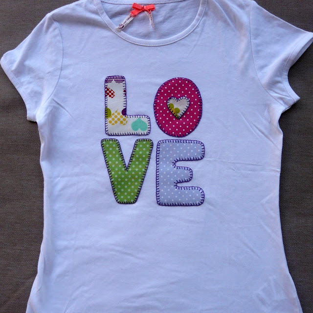 Camiseta personalizada LOVE