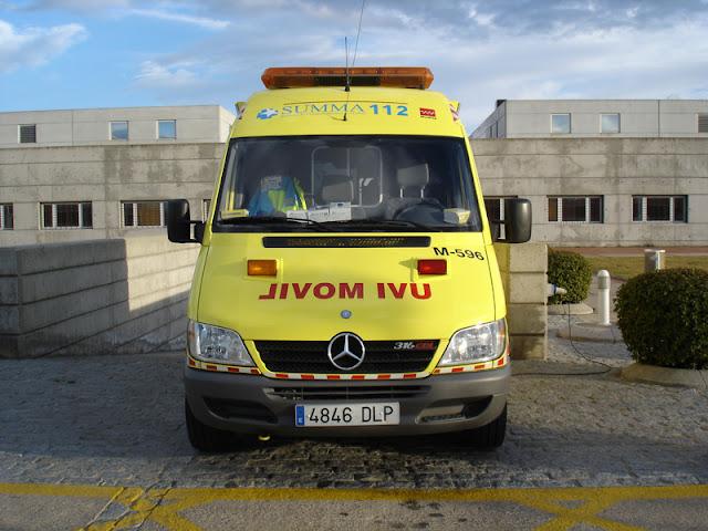 Gambar Mobil Ambulance 24