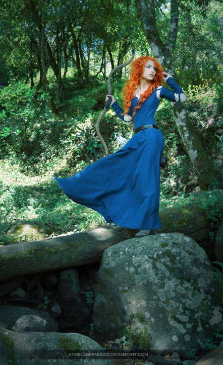 Angela Bermúdez deviantart incríveis cosplays filmes games linda nerd Merida (Brave)
