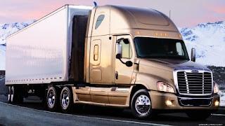 xe tải chở hàng tphcm