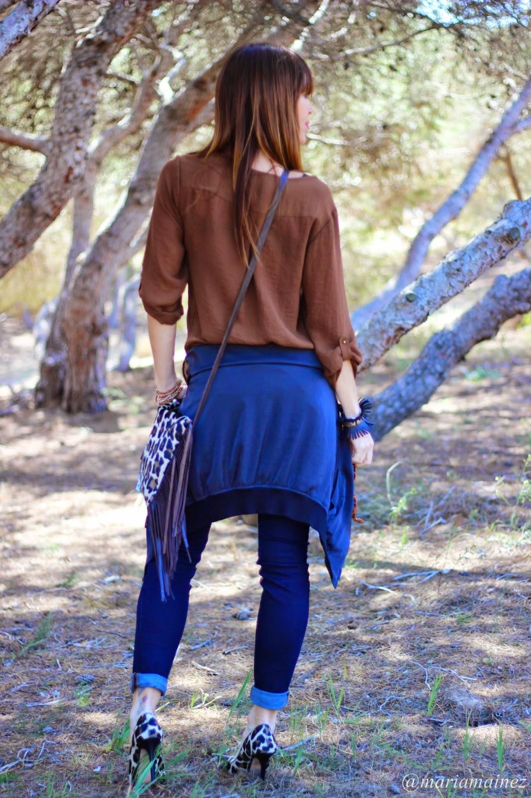 Streetstyle- Bandolera leopardo - Flecos - Fashion Blogger - Fashion blog - Complementos flecos