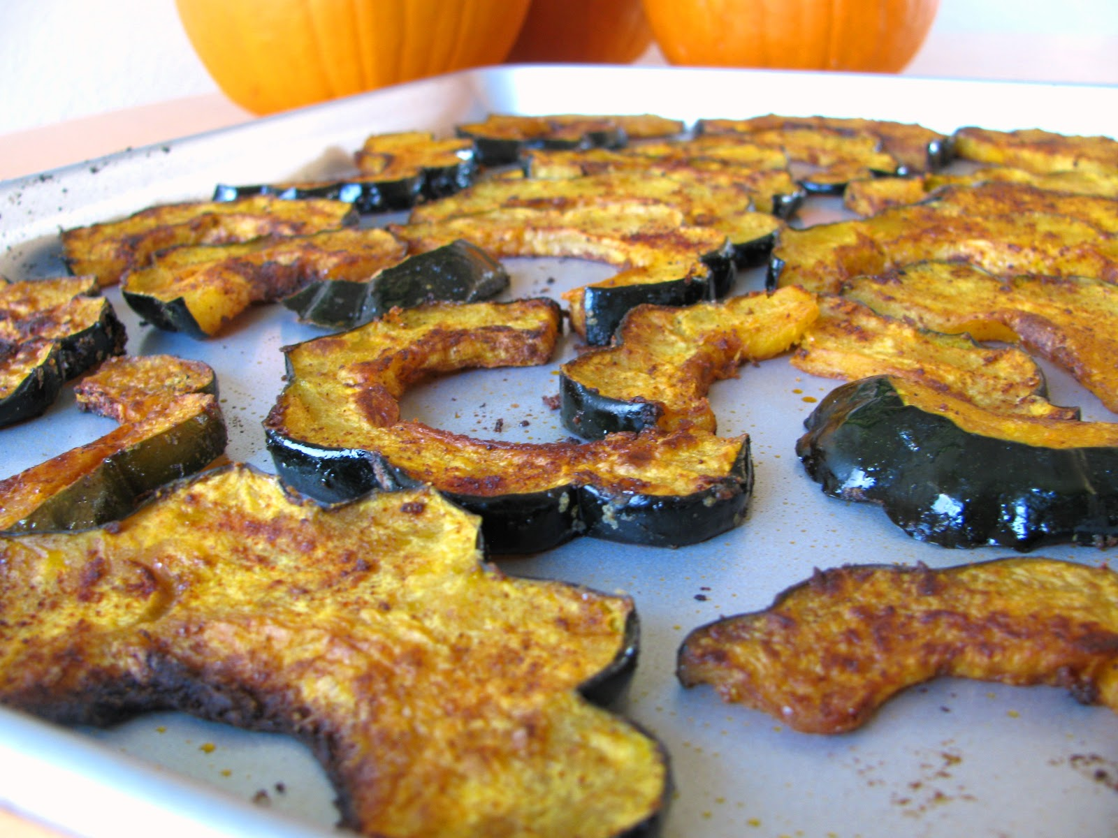 Chena Girl Cooks: Chili-Spiced Roasted Acorn Squash