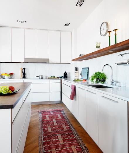 Contemporary Kitchen Rugs: Beyaz Mutfaklar