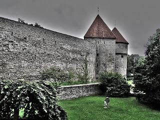 Крепостная стена в старом Таллинне