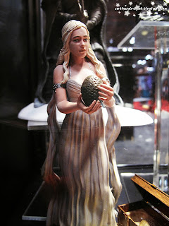 figurine,collectibles,sculpture,art,,mother of dragons,cosplay,khaleesi,game of thrones,comic con 2013,october 11th 2013,saturday,sunday,comic con sunday,comic con saturday,new york,nyc,manhattan,jacob javits center,newyork,