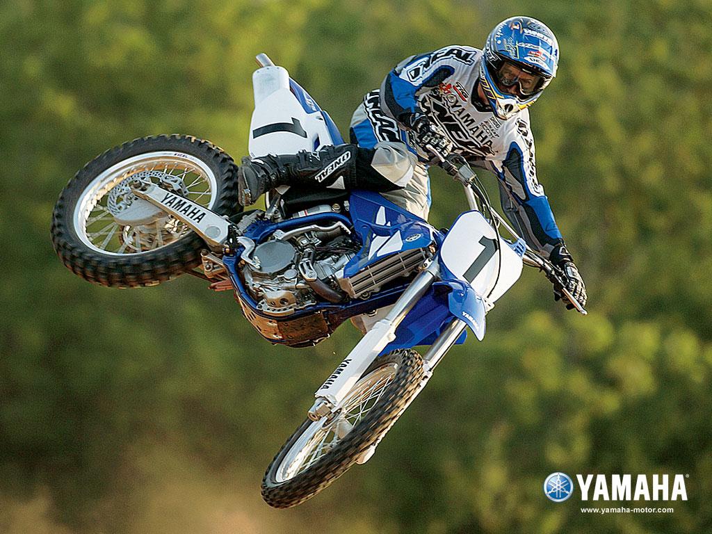 http://2.bp.blogspot.com/-6ge-oSh8I2U/Tq9Wd4TNOsI/AAAAAAAADxs/kec-9G09fF4/s1600/Yamaha_YZ-450F_Dirtbike_bike_wallpaper.jpg