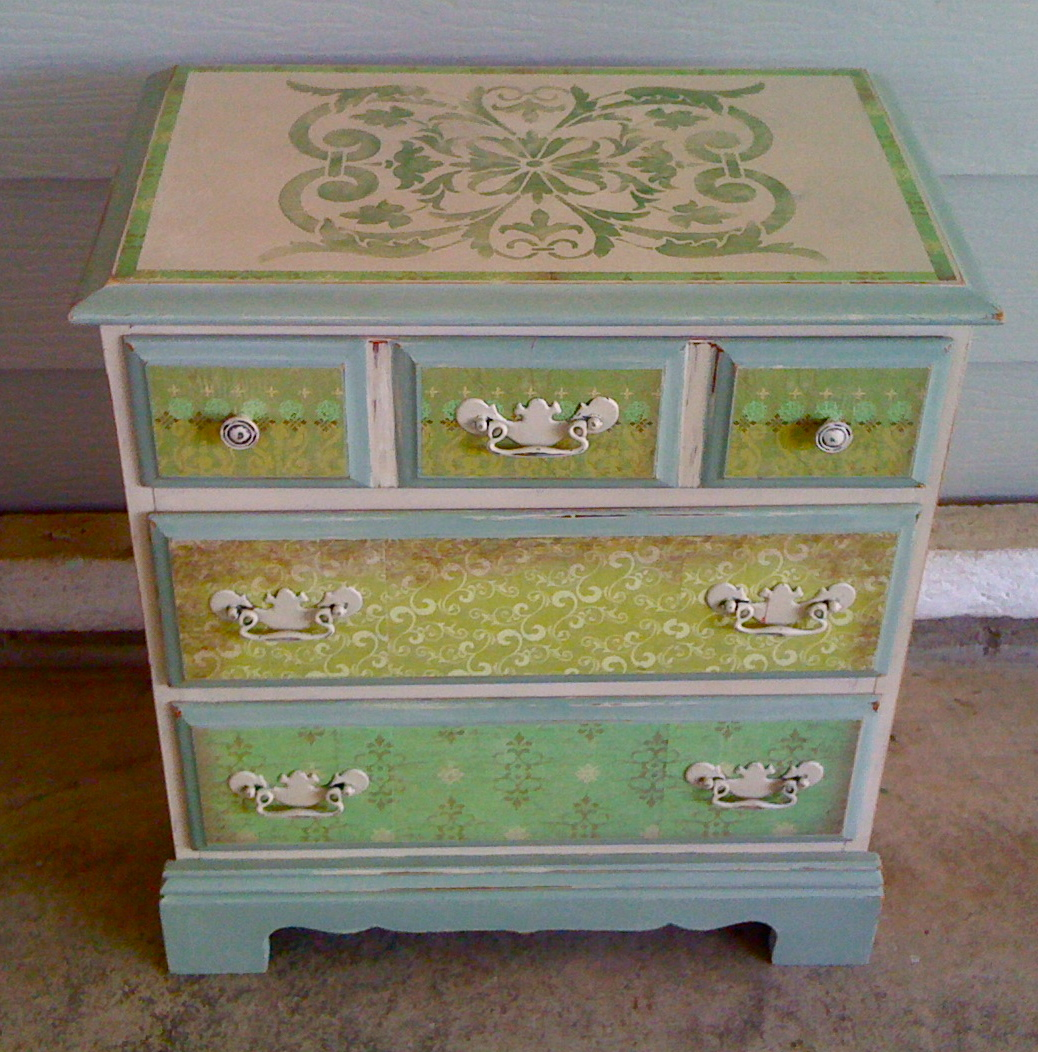 Denise cerro stencil love - Ideas for painting bedroom furniture ...