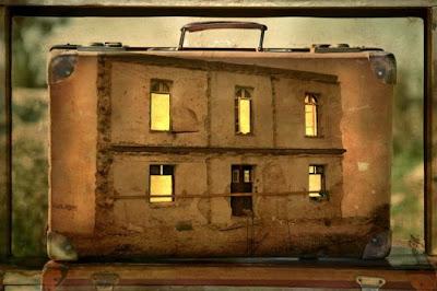 Memory Suitcase, Yuval Yiari