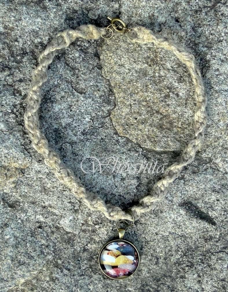 naszyjnik kamienie z kaboszonem