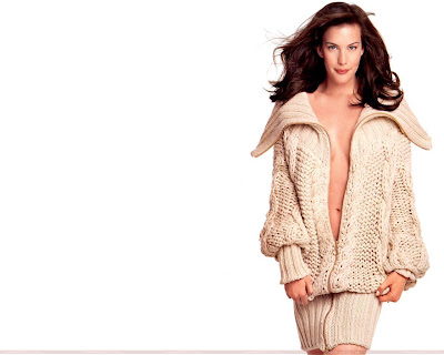 liv_tyler_hollywood_actress_hot_wallpaper_05_fun_hungama_forsweetangels.blogspot.com