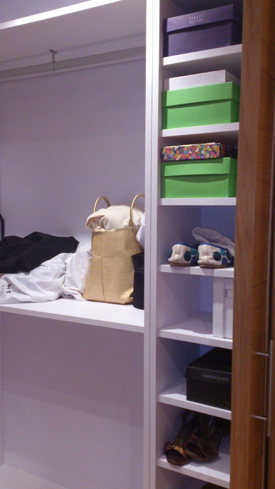 Interiorismo y decoracion lola torga un dormitorio con - Interiorismo dormitorios ...