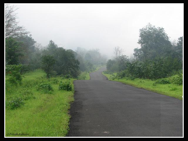 Tahmini Road