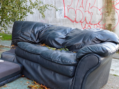 Black Couch in Fremont