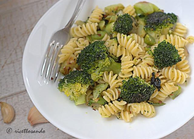 Pasta e broccoli ricetta vegetariana