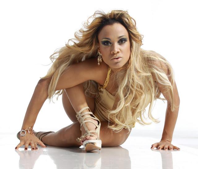 http://2.bp.blogspot.com/-6hV8z4WzTm0/TWMlCPNb9MI/AAAAAAAAD7c/32cFBkBXyKE/s1600/Leilah_Moreno3.jpg