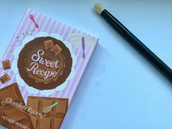 Etude House Sweet Recipe Chocolate Eyes Pallete + Brush.