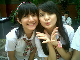 Foto SMA Indri Giana and Friend