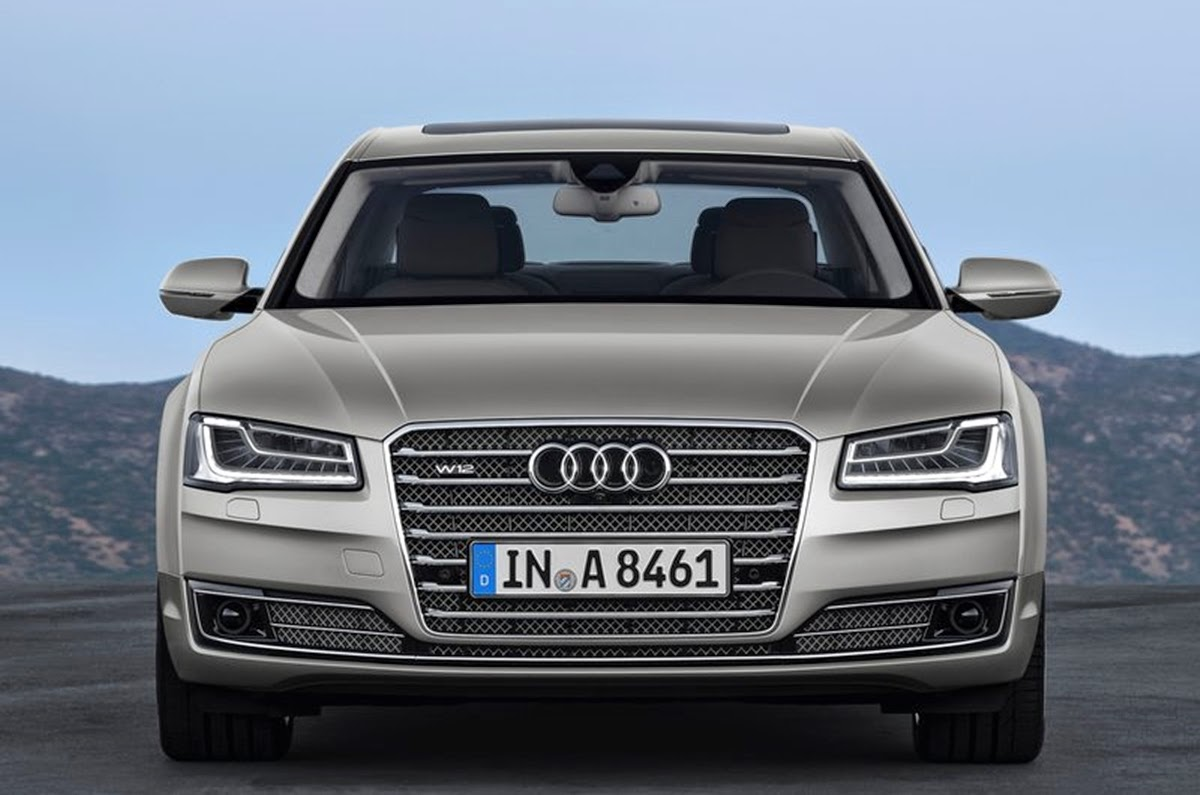Carro - Audi A8L (2014)