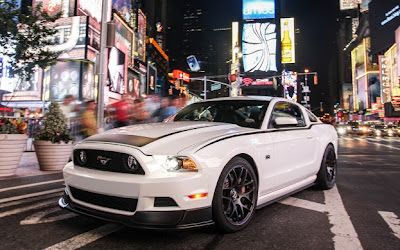 2013 Ford Mustang Walk-around and Brochure: An American Icon