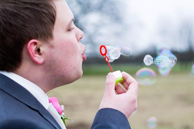 groom bruidegom ede bruidsfotografie