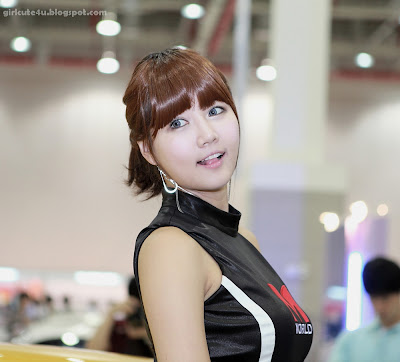 2 Han Ga Eun - S-Motor Show 2011-very cute asian girl-girlcute4u.blogspot.com