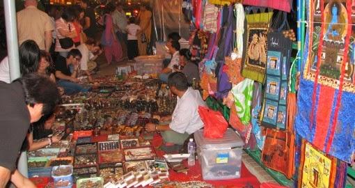 Pasar Tiban, Wisata Belanja Alternatif Warga Pekalongan
