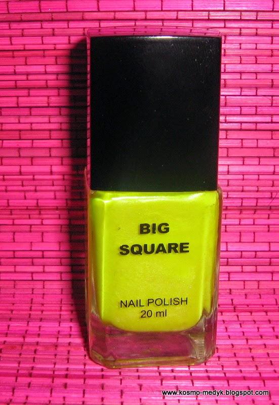 Żółty chińczyk na paznokciach :)