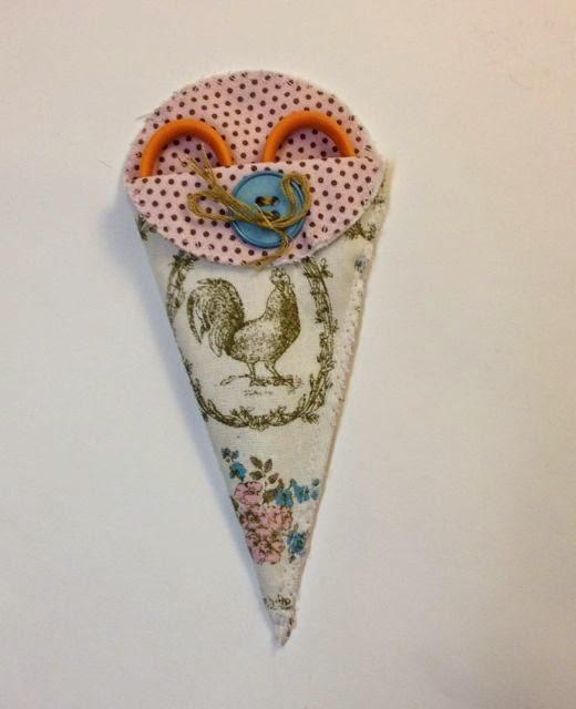 Scherenetui, mit der Stanze Blütenkelch von Stampin Up gergestellt