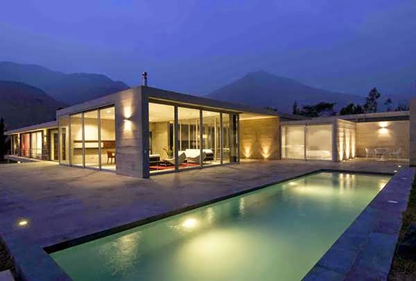 TOP 7 UNIQUE HOUSE DESIGN: STUNNING CONCRETE AND GLASS HOME DESIGN BRINGS A BIT OF THAT SOUTH AMERICAN FLAIR TO RESIDENTIAL ARCHITECTURE