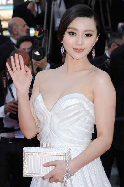 "Actress Fan Bing Bing attends the ""Biutiful"" Premiere at the Palais des Festivals"