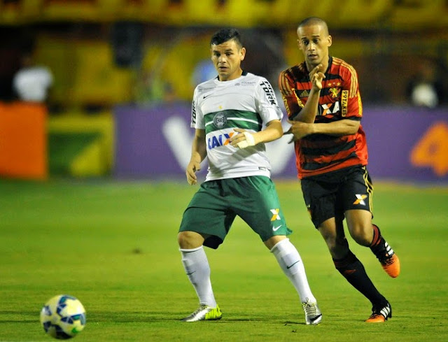 Sport vence o Coritiba e lidara o Brasileirão Série A